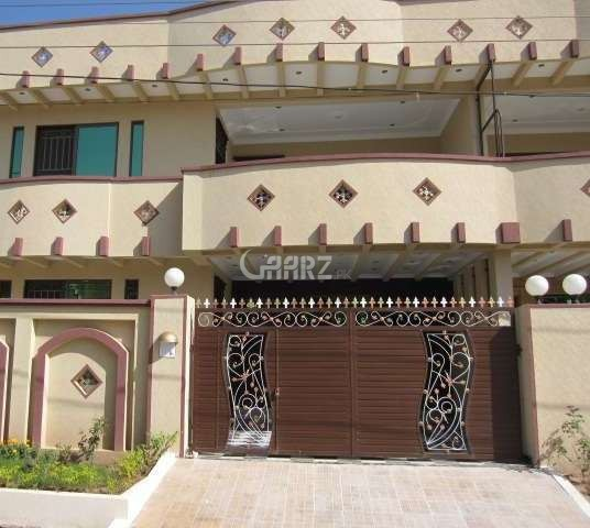 1 Kanal Double Storey Bungalow Is Available For Sale.