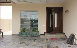 1 Kanal Upper Portion House For Rent In DHA Phase 3 - Block Y, Lahore