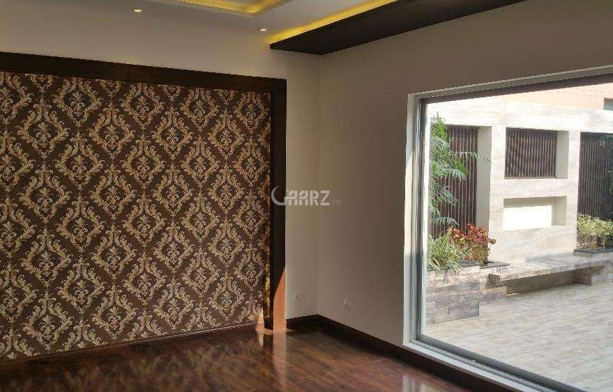 10 Marla  Bungalow For Sale In DHA Phase-4, Lahore.