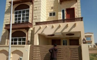10 Marla House For Rent In Bahria Town Phase-8, Rawalpindi.