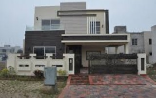 10 Marla House For Rent In DHA Phase 3 - Block Z, Lahore