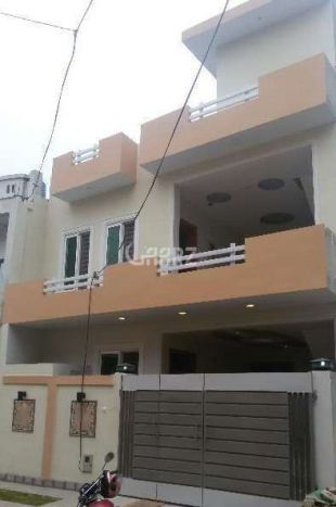 10 Marla Lower Portion For Rent In Mustafa Town, Lahore