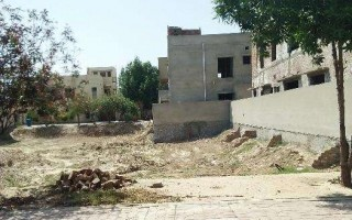 10 Marla Plot For Sale In G-14/4 Islamabad.