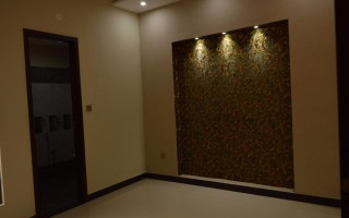 1000 Square Feet Flat For Rent In Rahat Commercial