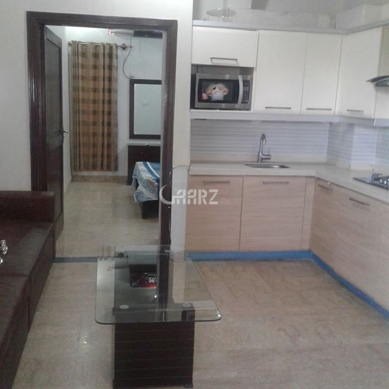 1050 Square Feet Flat For Rent In Nishat Commercial, Karachi