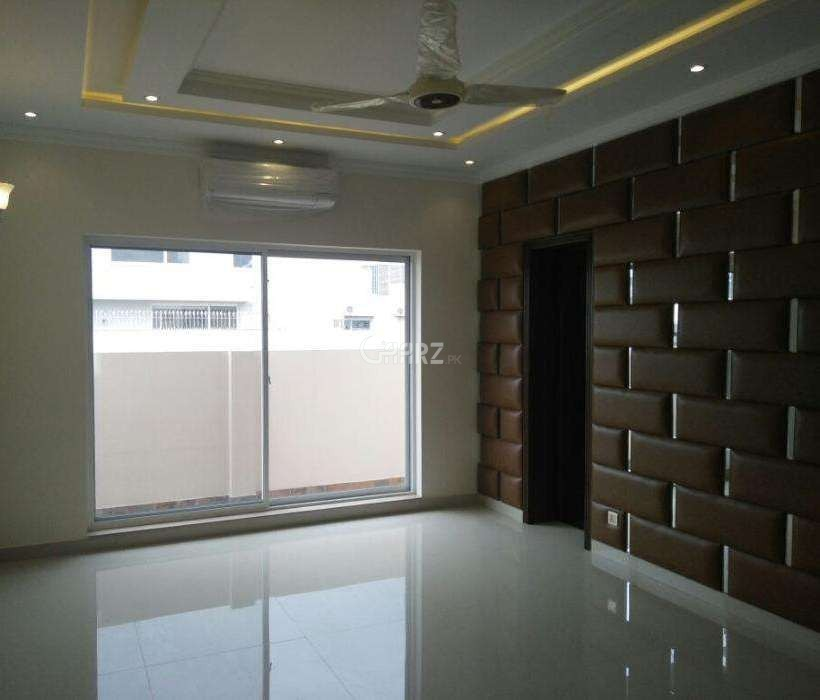 11 Marla House For Sale In DHA Phase-8, Lahore.