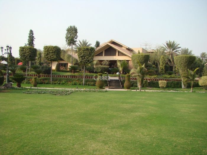 14 Kanal Farm House For Sale In Burki Road Cantt, Lahore