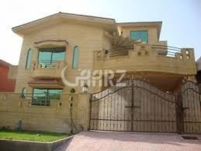 17  Marla  House  For Sale In Amin Town ,Faislabad