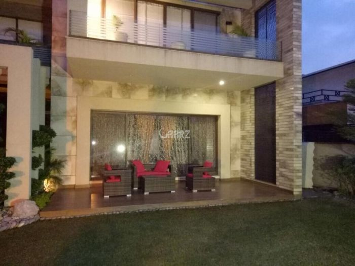 2 Kanal Bungalow For Sale In PECHS, Karachi