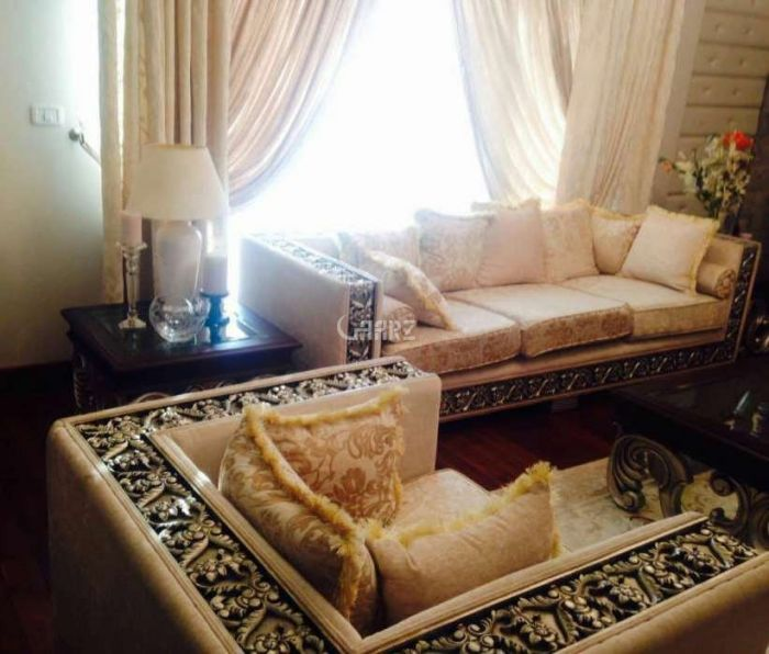 2192 Square Feet Flat For Sale In Canal Road,Faislabad