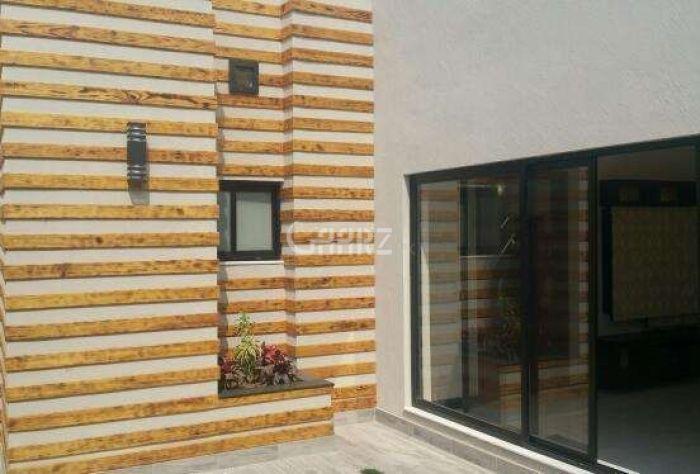25  Marla  House  For Rent In  Faisal Gardens ,Faislabad