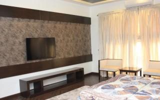 2600 Square Feet Apartment For Rent In Clifton Block-2, Karachi