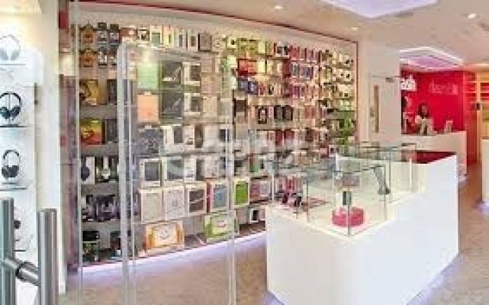 275 Square Feet Shop For Sale In Eid Gah Road Faisalabad