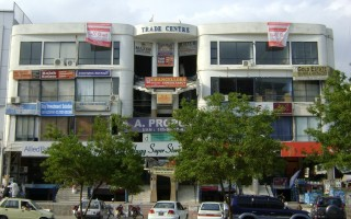 400 sq ft Office for Rent In F 11, Islamabad.