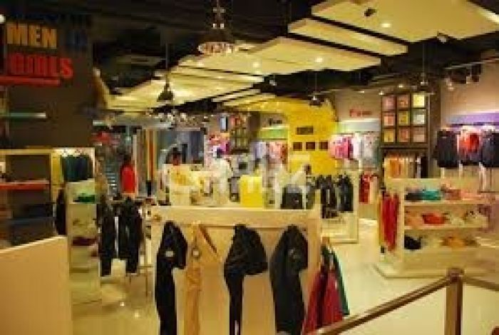 4500 Square Feet Shop For Rent In Maulana Shaukat Ali Road, Lahore.