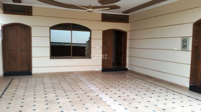 500 sq yd  House for Rent in D 12/2, Islamabad.