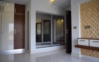 500 sq yd House for Rent in F 10/2, Islamabad.
