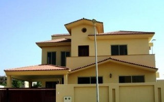 500 sq yd House for Rent in F 10/4, Islamabad.