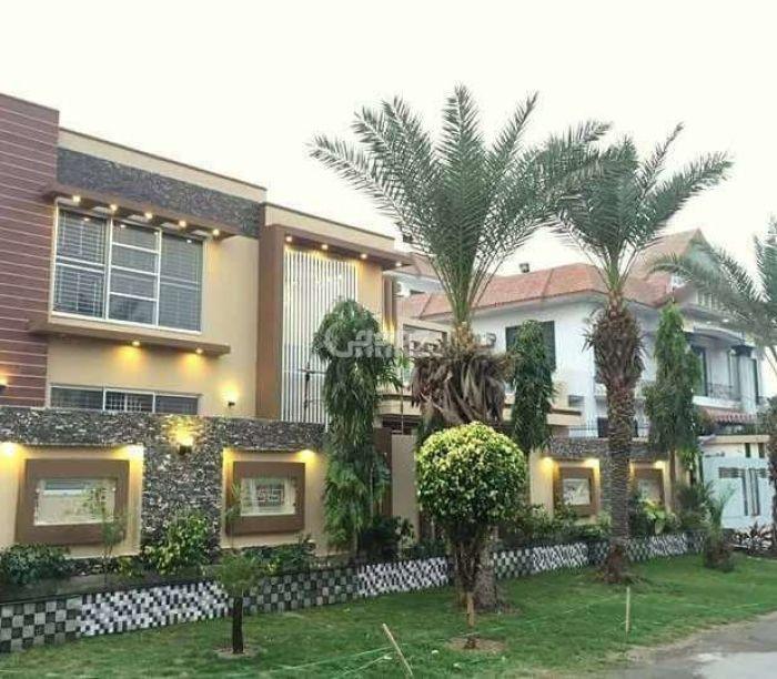 56 Marla Bungalow For Rent In Kemari Town, Karachi