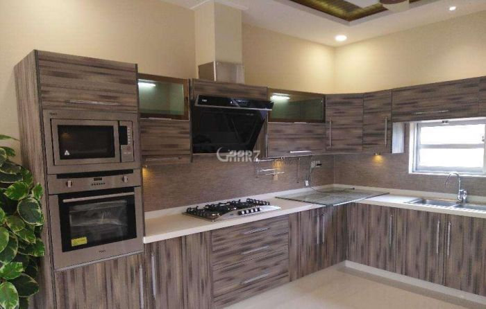 6  Mara  House  For Sale In Toheed Town,Sialkot