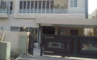 8 Marla House For Rent In  Bahria Town Phase-8, Rawalpindi.
