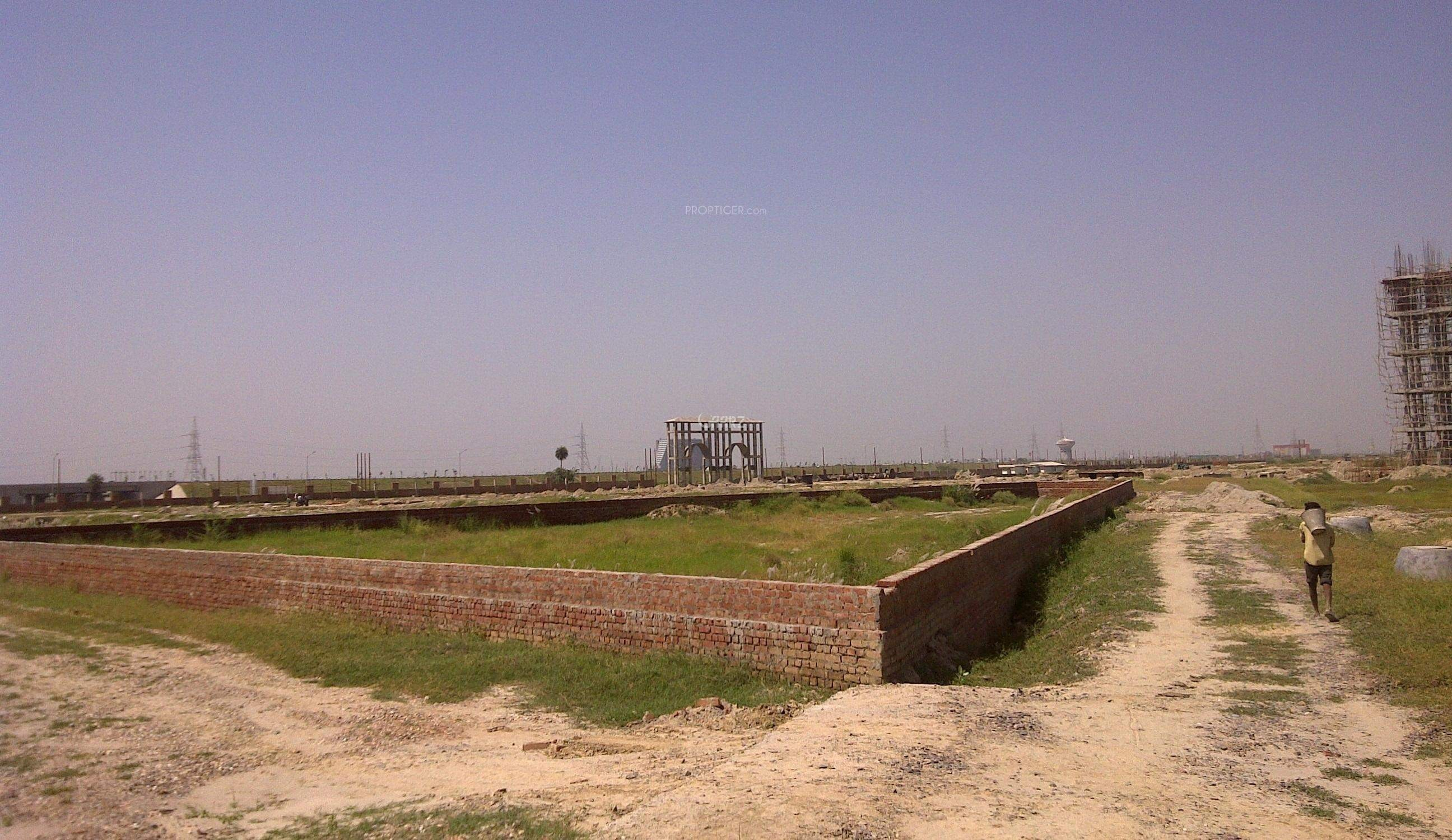 8 Marla Plot For Sale In Bahria EMC, Lahore