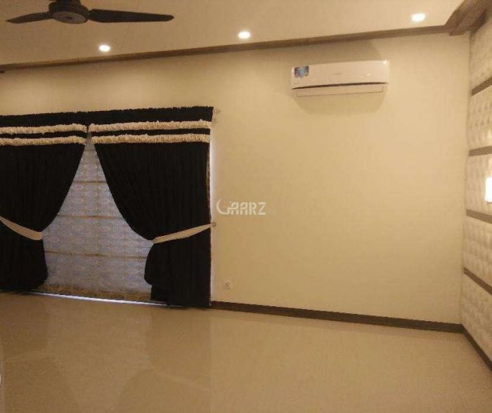 950 Square Feet Flat For Rent In DHA Phase-6,Karachi
