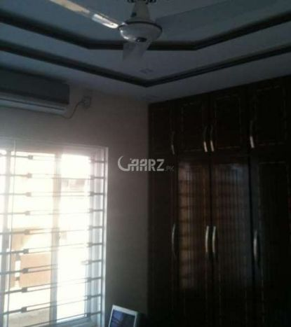 975 Square Feet Flat For Sale In DHA Phase 4