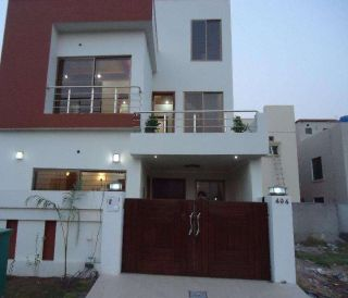 1 Kanal Brand New Upper Portion Is Available For Rent DHA Phase 8 Karachi