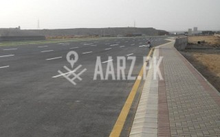 10 Marla Plot For Sale In Bahria Town, Karachi.