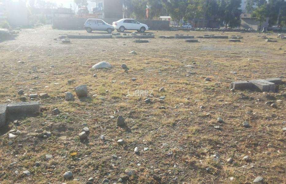 10  Marla Plot For Sale In  Bahria Town - Quaid Block,Lahore
