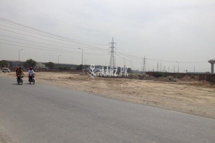10 Marla Plot For Sale In Chaklala Scheme 3, Rawalpindi.