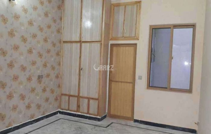 1000 Square Feet Flat For Rent In DHA Phase 7, Karachi.