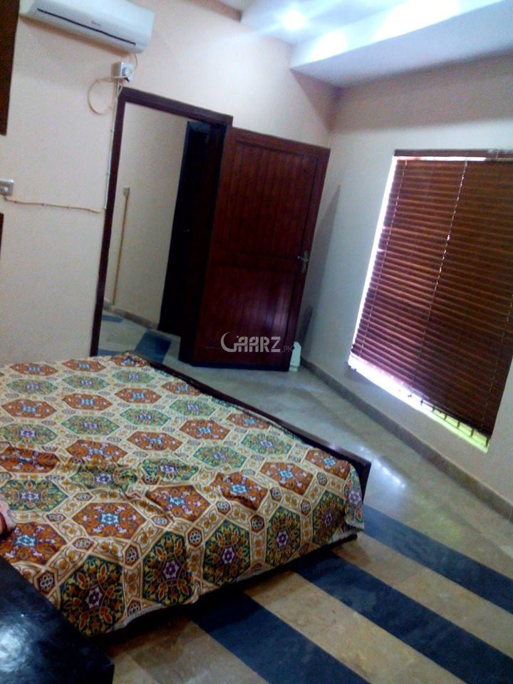 1031 Square Feet Flat For Sale In DHA Phase 8, Lahore