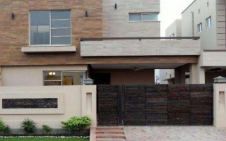 10 Marla House For Rent In DHA Phase-5, Karachi