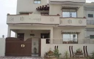 12 Marla House For Rent In E-11/4 Islamabad.