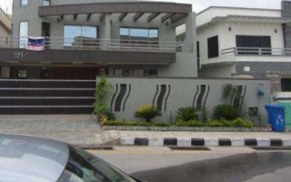 17 Marla House For Sale In Askari 10 - Sector F, Lahore