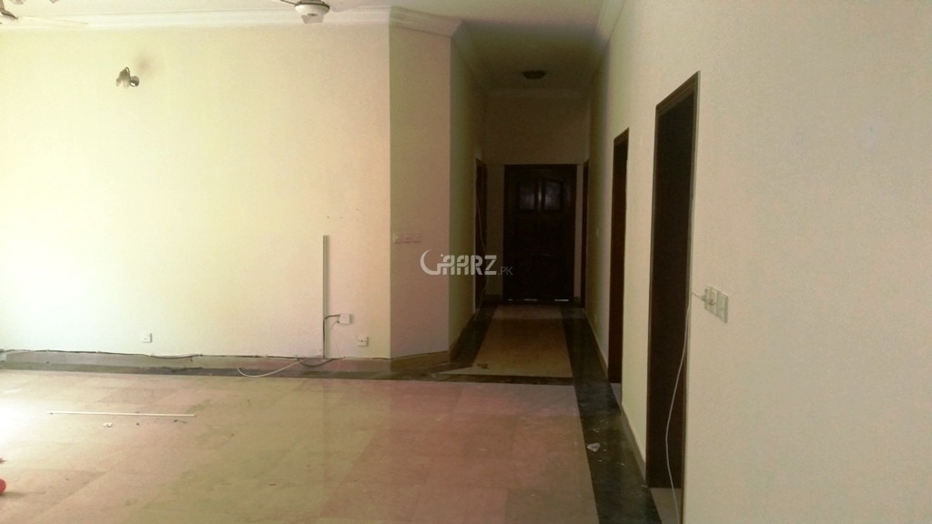 A Mall in Islamabad F-7 Markaz for Sale