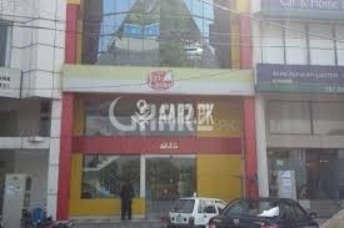 2,250 Square Feet Building For Sale In Main Temple Road, Abid Market, Lahore