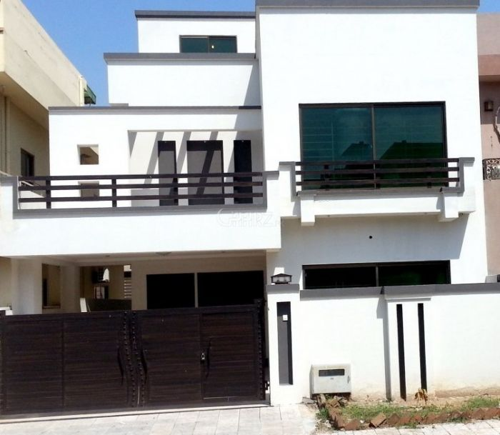 311 sq yd House for Rent In I 8/3, Islamabad.