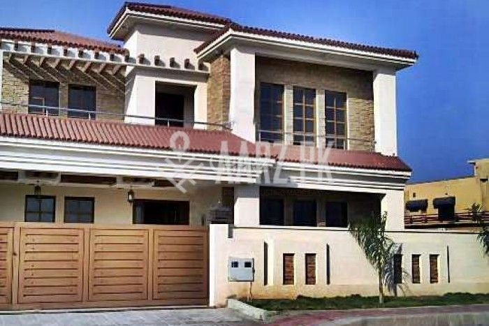32 Marla House For Sale In Sarfaraz Rafiqui Road, Cantt, Lahore