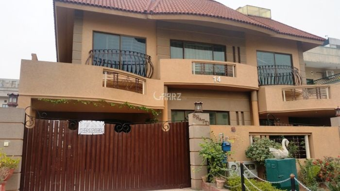 355 sq yd House for Rent in D 12/2, Islamabad.