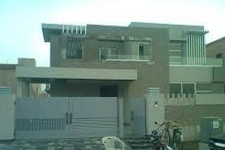 500 sq yd House for Rent in G 11/2, Islamabad.