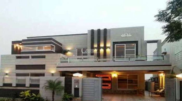 566 sq yd House for Rent in F 11/1, Islamabad.