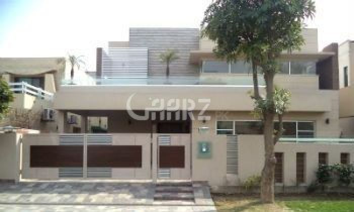 566 sq yd House for Rent in F 11/2, Islamabad.