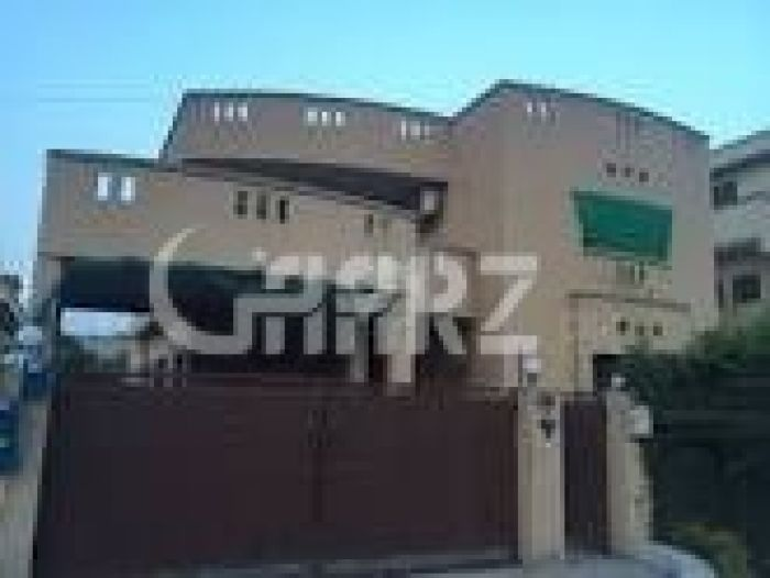 566 Square Yards House for Rent in F-10/2, Islamabad.
