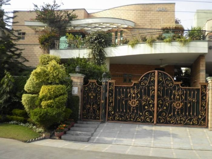 8 Marla House For Sale In  Eden Avenue Extension, Lahore