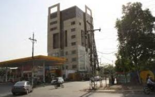 900 Square Feet Building For Rent In DHA Phase 6 - Main Boulevard, Lahore