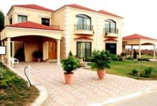 1 Kanal Bungalow for Rent in Lahore Block B, DHA Phase-5,