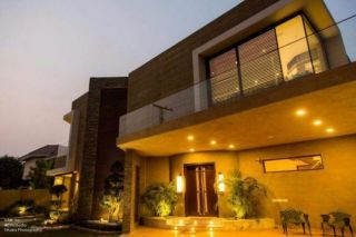 1 Kanal Bungalow for Rent in Islamabad F-10/1
